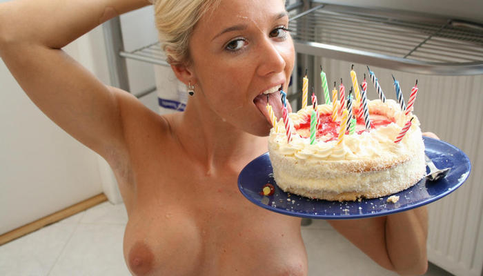 Naked woman happy birthday ecard — pic 9